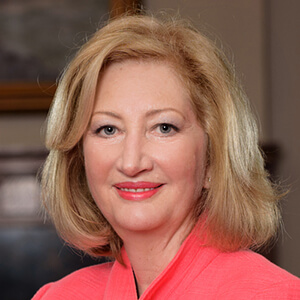Dr. Vicky Sharpe Profile Photo